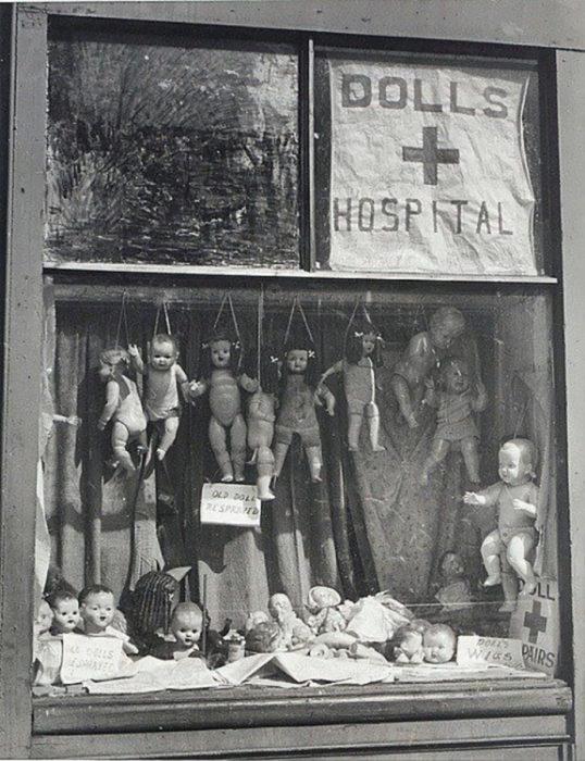 hospitaal-de-muñecos-538x700