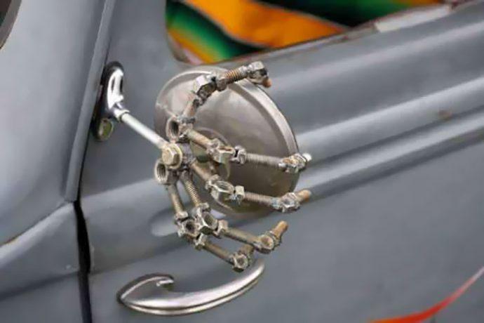 los-20-duenos-de-coches-mas-creativos-que-hayas-visto-nunca-1478257361
