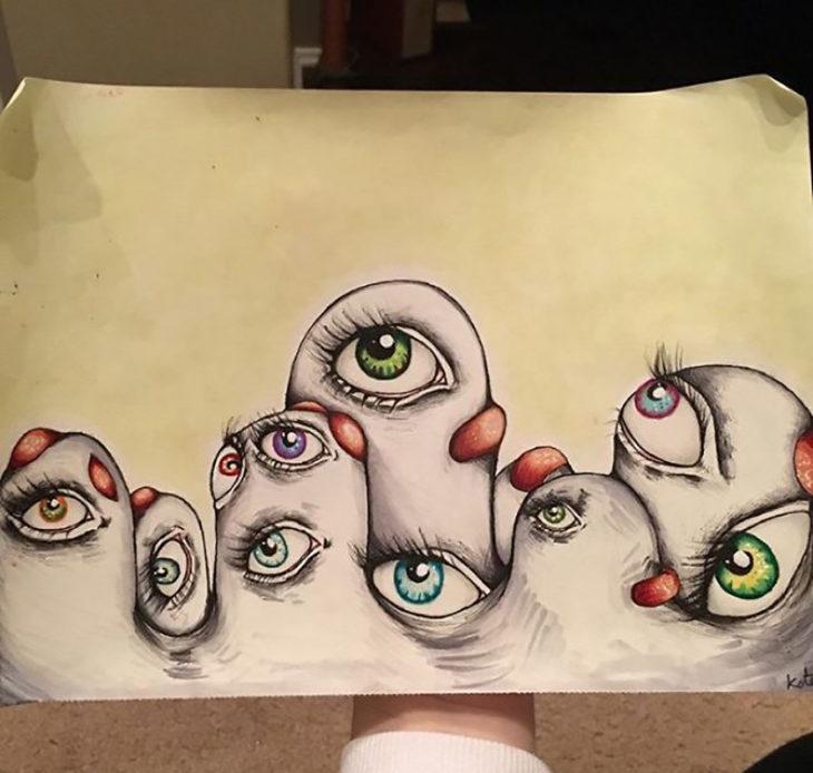 muchos-ojos-730x694
