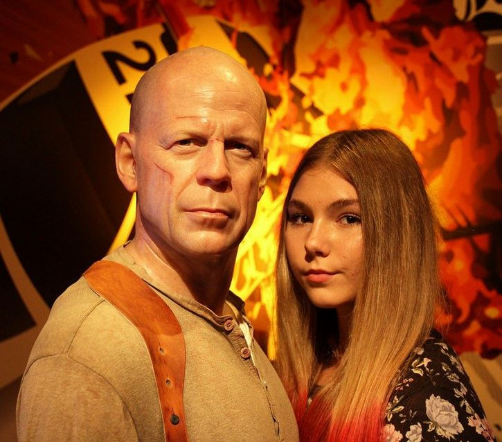 Maryana-Naumova-y-Bruce-Willis