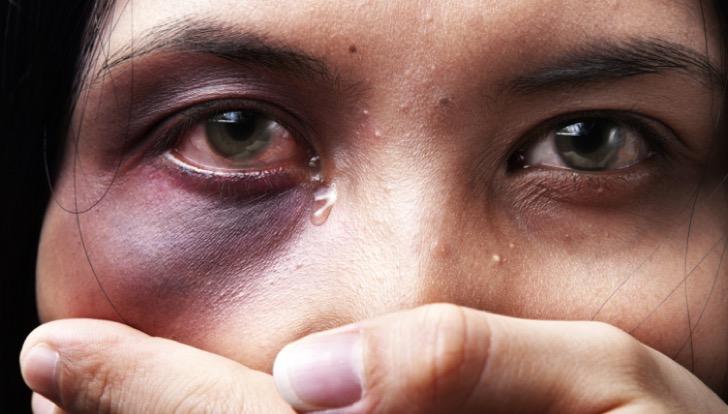 Mujer-violentada