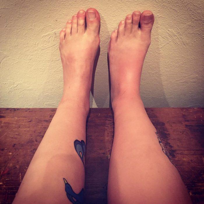 dos-pies-izquierdos-700x700