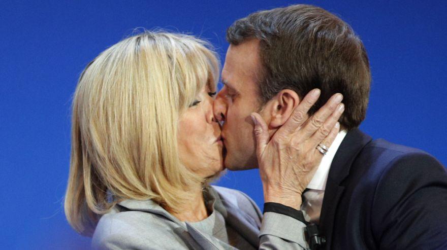 los_besos_pareja_presidencial