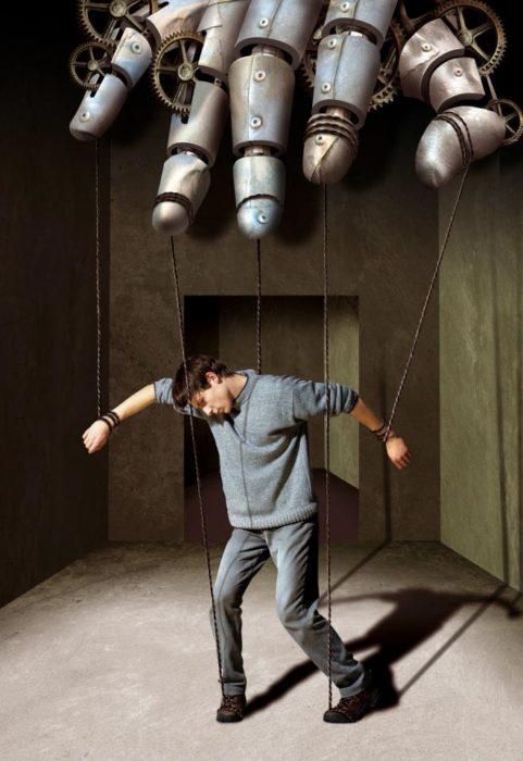 marioneta-481x700