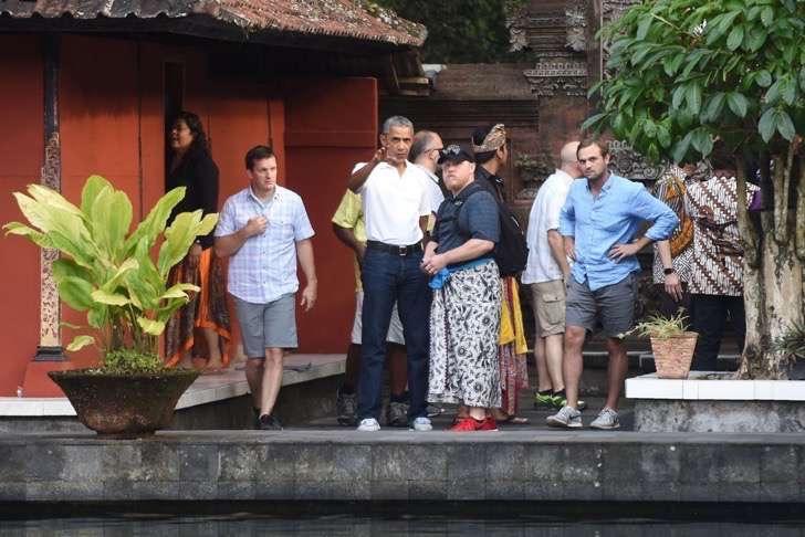 Barack-Obama-His-Family-Vacation-Bali-June-2017-2-2