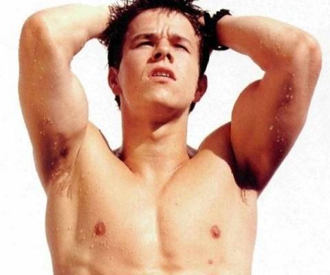 Mark-Wahlberg-third-nipple-480x400