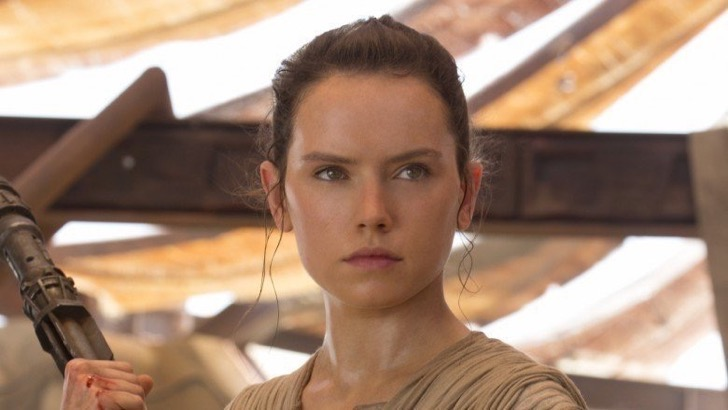 rey-in-the-force-awakens-1496249291-2