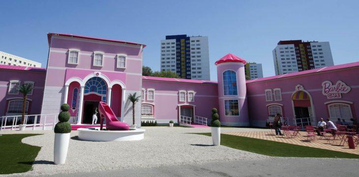 ss-130516-barbie-dreamhouse-01.today-ss-slide-desktop-730x360