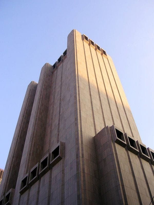 Long-Lines-Building