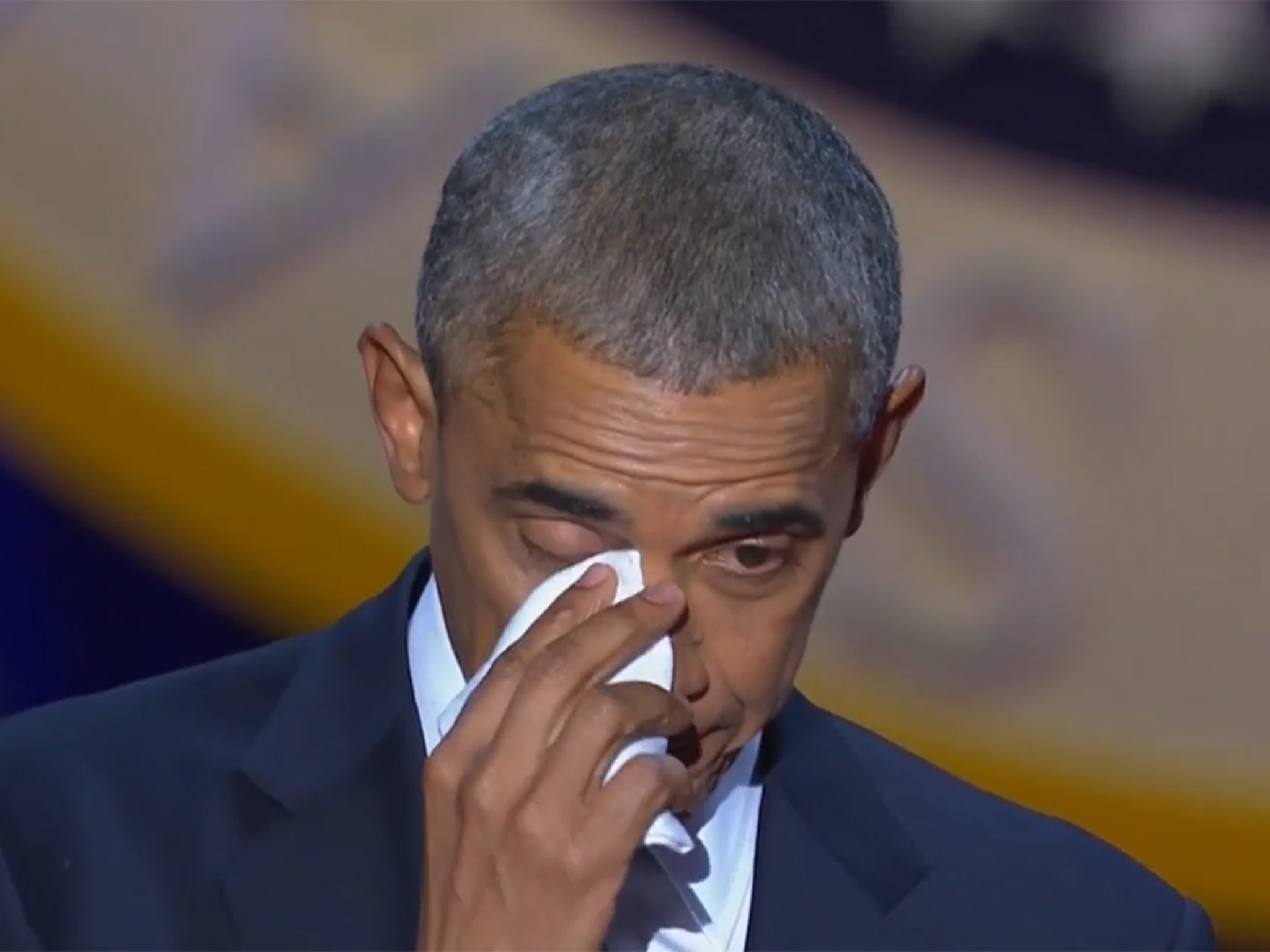obama-cxrying
