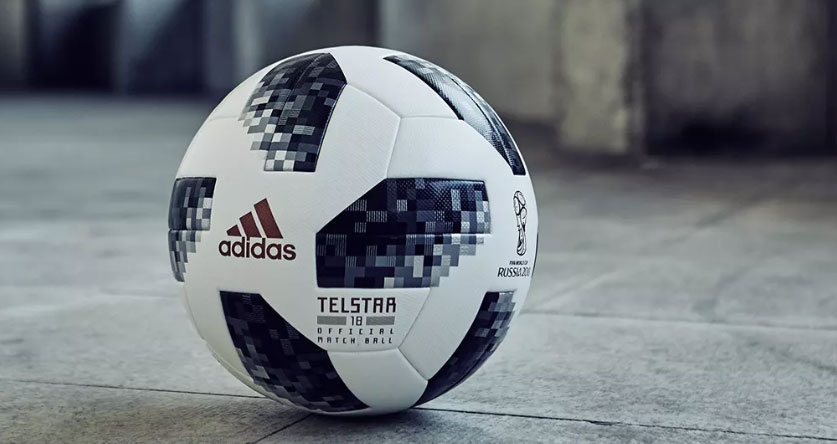 Rinde un tributo al primer balón que esta marca creó para el mundial de  FIFA en México 1970 a7a974471e469