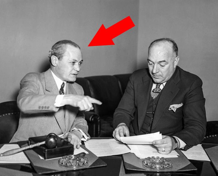 11 Teorías de conspiración que pocas personas creían, pero resultaron ser ciertas