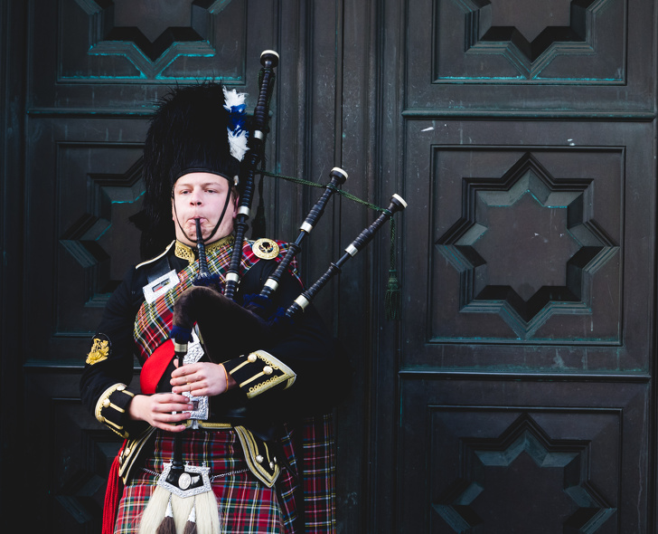 10 Cargos inusuales buscados por la Casa Real (puedes intentar ocupar uno de ellos)