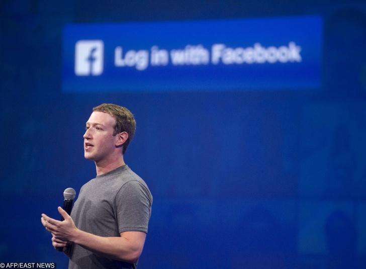 Una periodista afirma que las redes sociales nos están espiando para alinear la publicidad a nuestras necesidades