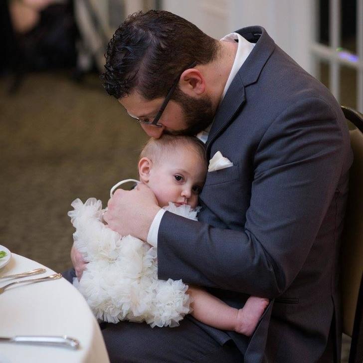 18 Reglas simples para que los papás eviten errores al criar a una hija