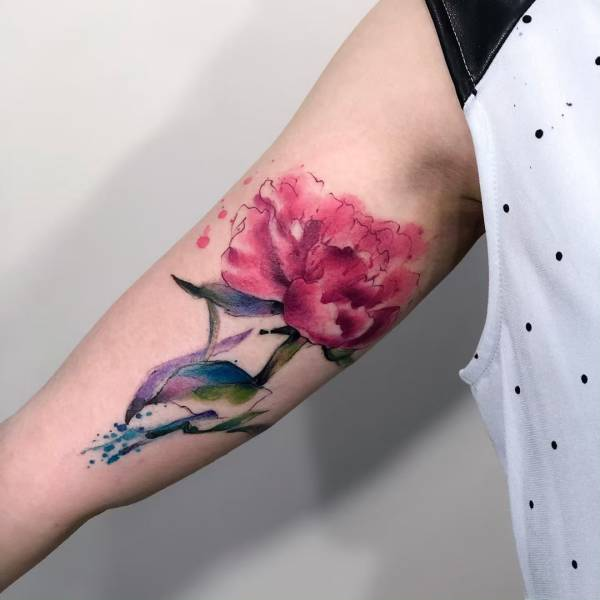 28 Tattoos with watercolor effects that are the coolest thing you'll see today 20