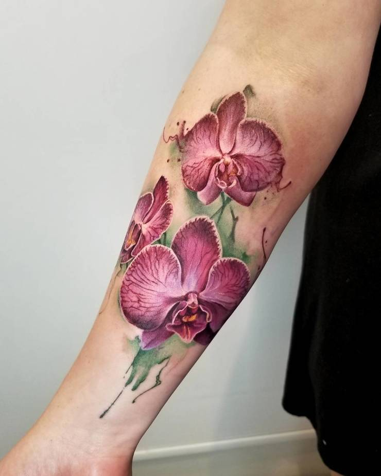 28 Tattoos with watercolor effects that are the coolest thing you'll see today 3